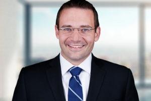 Douglas Bench, Jr.